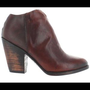 Freebird by Steven Detroit Ankle Boot leather 9